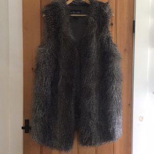Parkhurst faux fur long vest